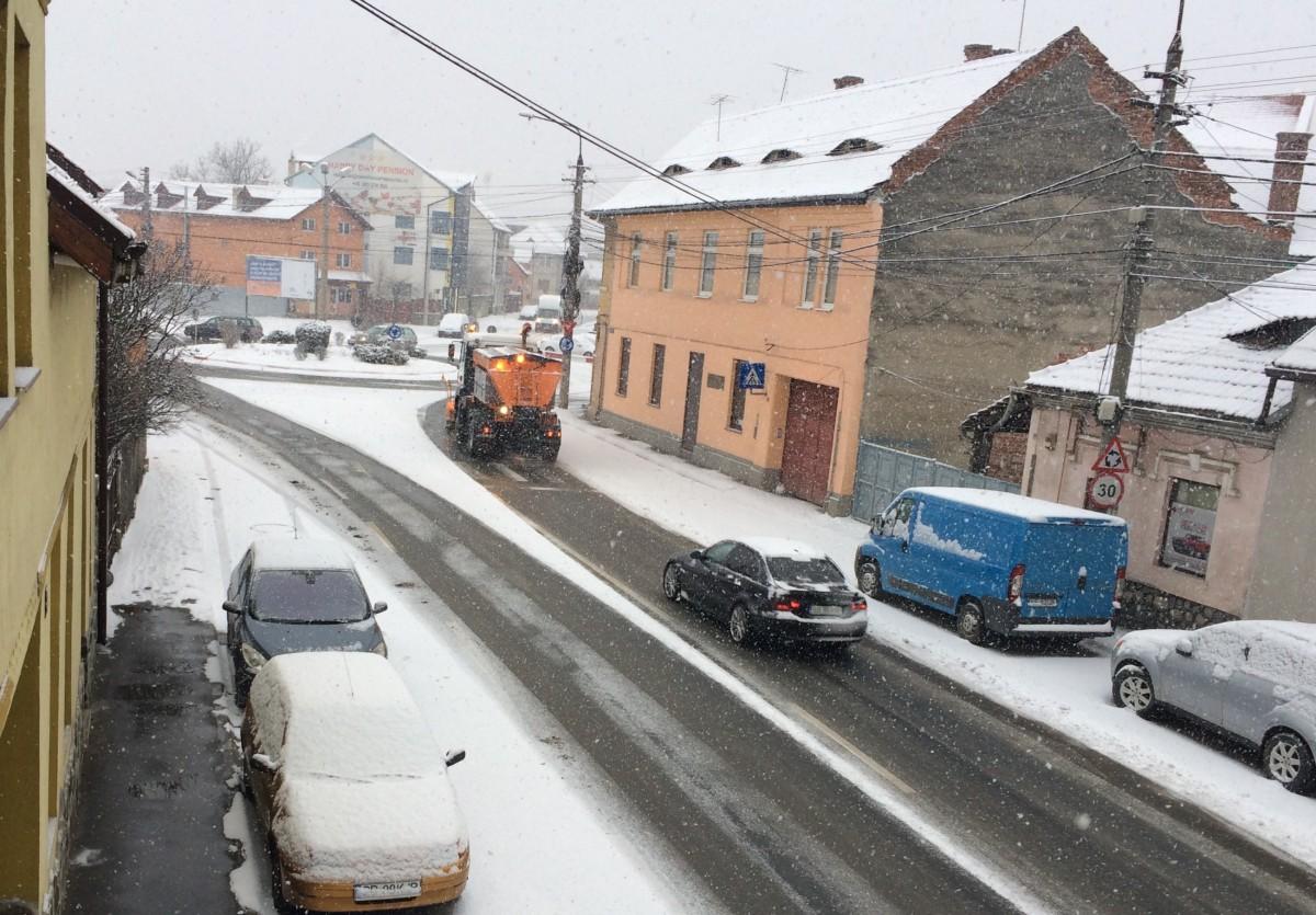 Cum s-a făcut marți deszăpezirea în Sibiu