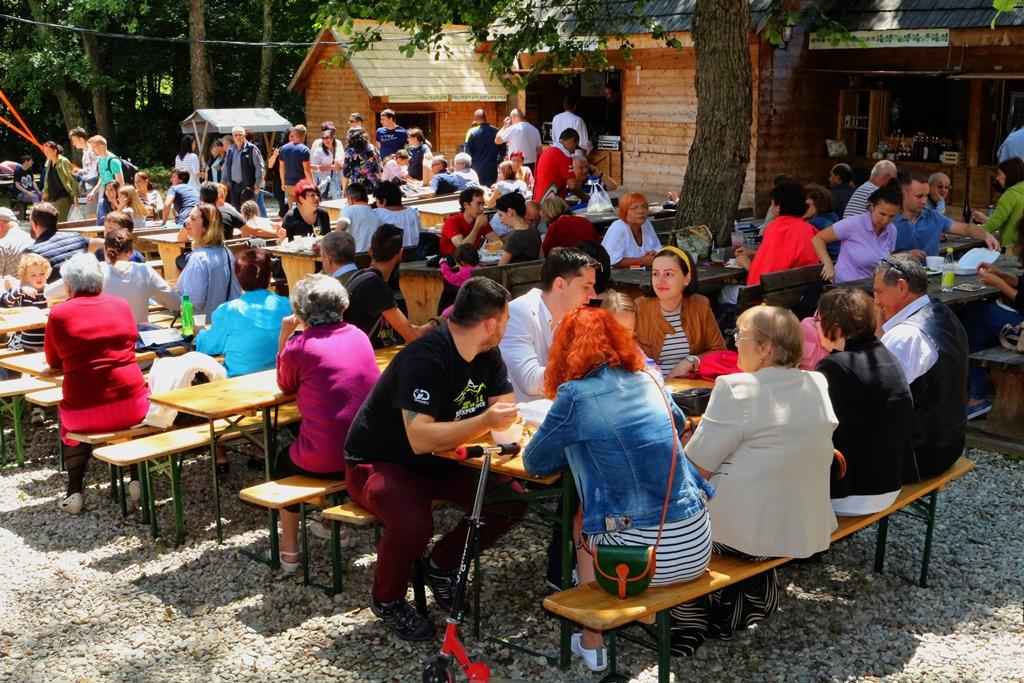 Diplomație și bun gustîn Sibiu, ediția a II-a. Companiile locale gătesc pentru vizitatorii Muzeului ASTRA