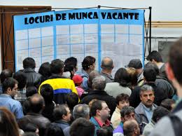 Vrei să te angajezi? Sunt peste 300 de posturi vacante în județ!