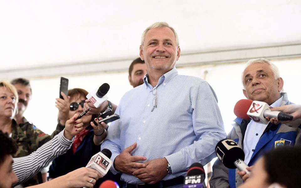 Dragnea îi răspunde lui Iohannis: Numai cei care iau câteva case de la stat prin fals pot sta acolo
