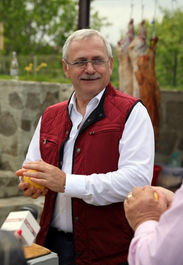 Cât au contat vizitele lui Dragnea și Barna în Poiana Sibiului. PNL a avut 51,37%