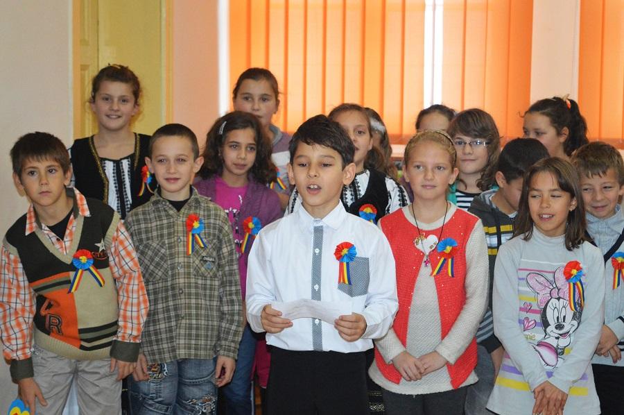 Ultima întâlnire cu elevii județului, despre cultura locului: război și poezie