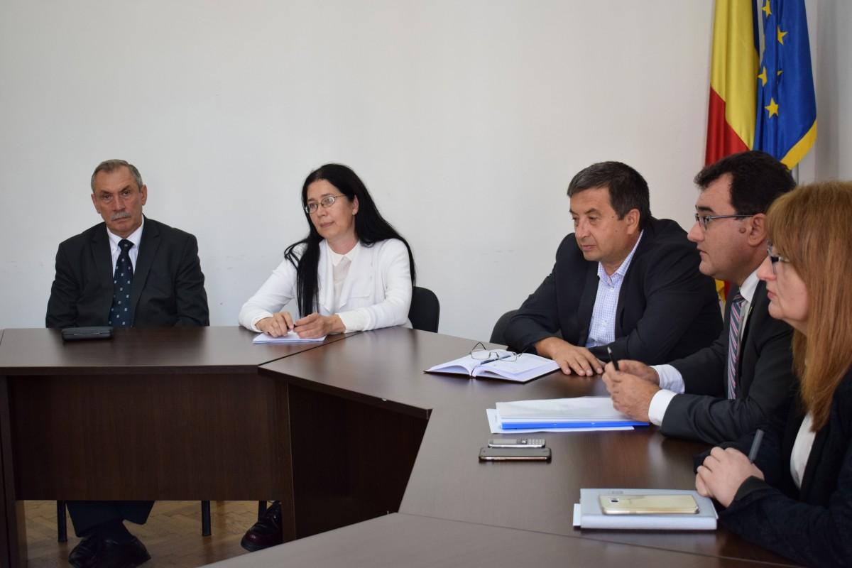 Medicii de familie și dascălii din Sibiu s-au pus de acord în privința adeverințelor medicale pentru orele de sport