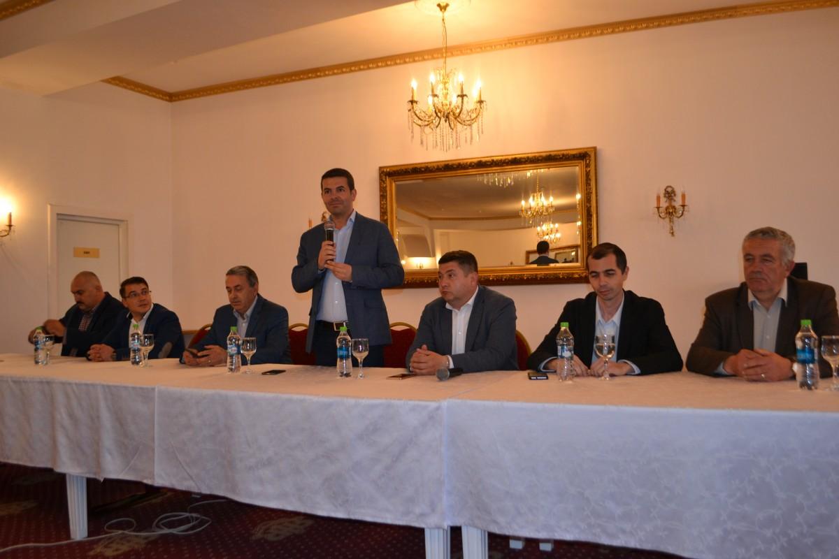 Daniel Constantin, eveniment la PRO România Sibiu. Problemele fermierilor și agricultorilor sibieni, în atenția prim-vicepreședintelui partidului