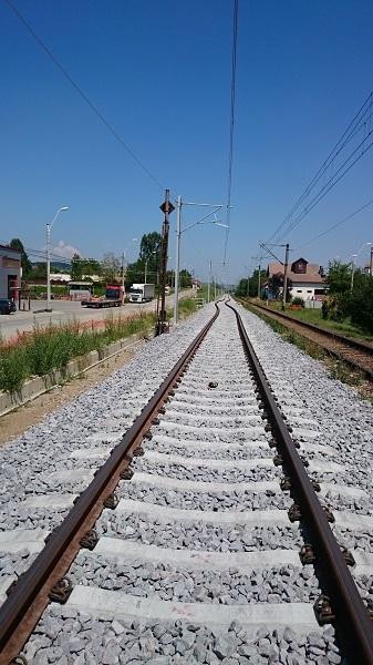 Calea ferată care trece prin nordul județului va fi recepționată de CFR în acest an