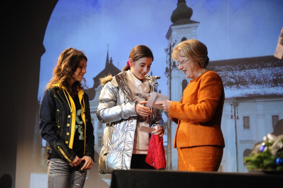416 elevi din Sibiu au fost premiați pentru rezultatele obținute la olimpiade