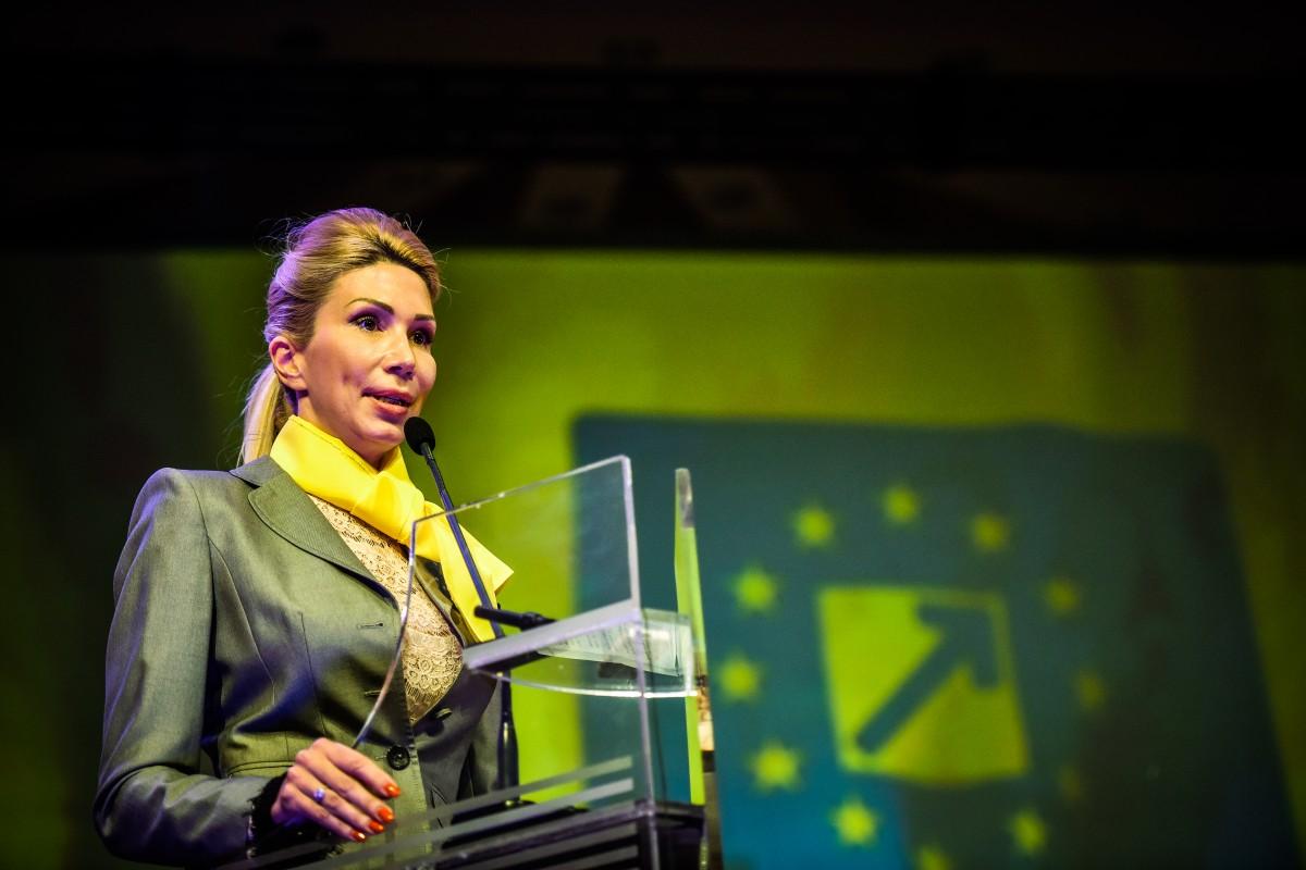 Raluca Turcan, preşedinte interimar al PNL până la Convenţia Naţională