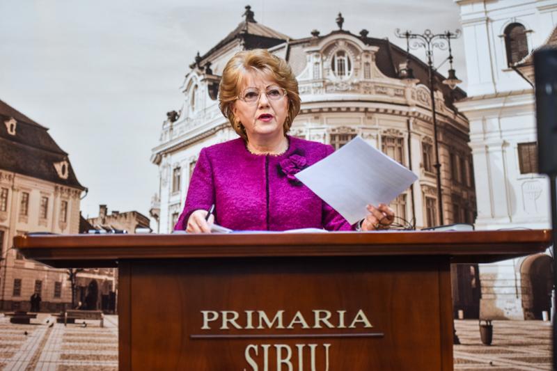 """Primarul Astrid Fodor: """"Până în 2020 întreg parcul de autobuze al TURSIB va fi înnoit"""""""