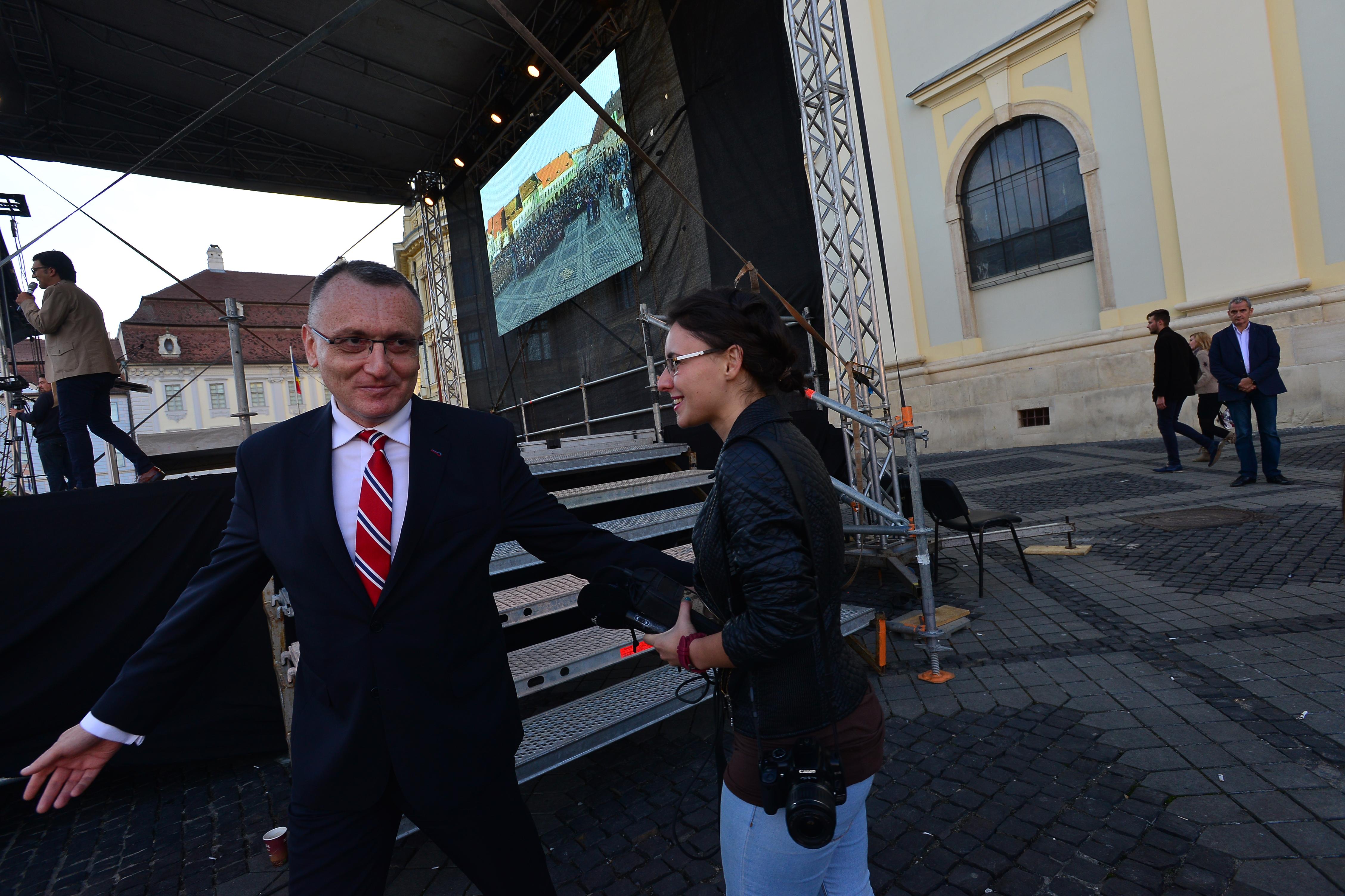 Ministrul educației a venit cu o surpriză la Sibiu