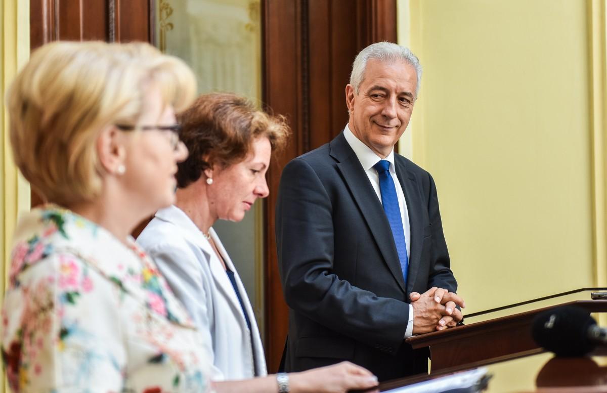 Prim-ministrul Landului Saxonia, în Sibiu: un șef de partid nu poate să demită un premier