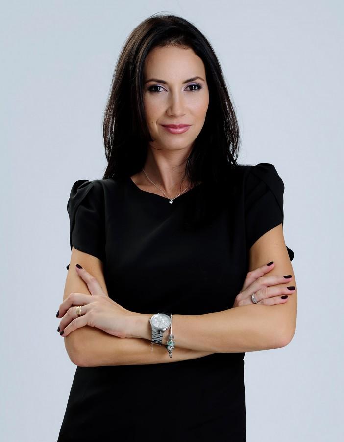 Cleopatra Popescu, fosta Miss România, are propria școală de modele