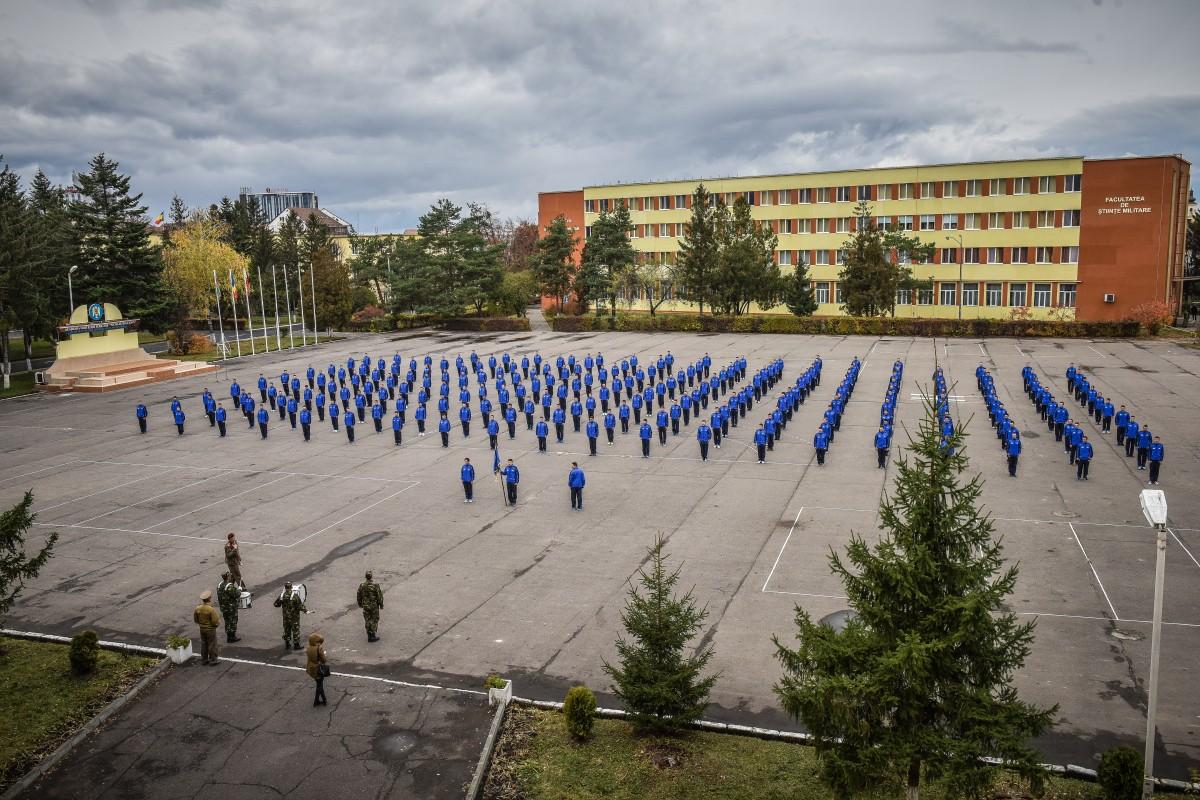 Tinerii din România, interesațide Științele militare la Sibiu: patru candidați pe un loc