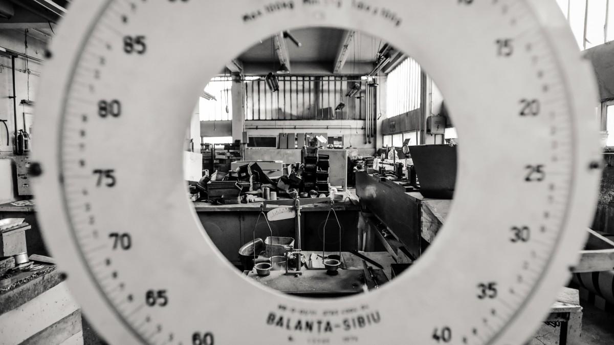 GALERIE FOTO Vizită în halele părăsite de la Balanța