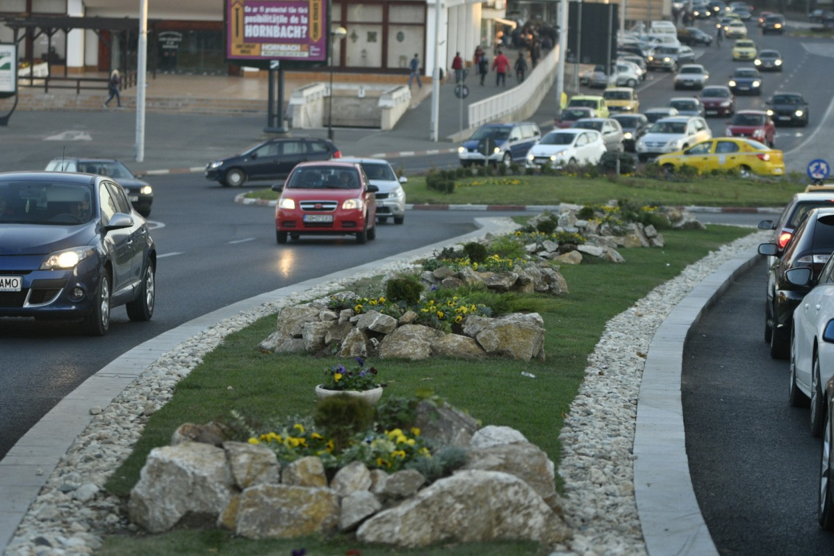 BILANȚ 2018: Cinci zone din cartierele de blocuri modernizate și alte două în lucru. Lucrări de modernizare și reparații ample pe 45 de străzi (CP)