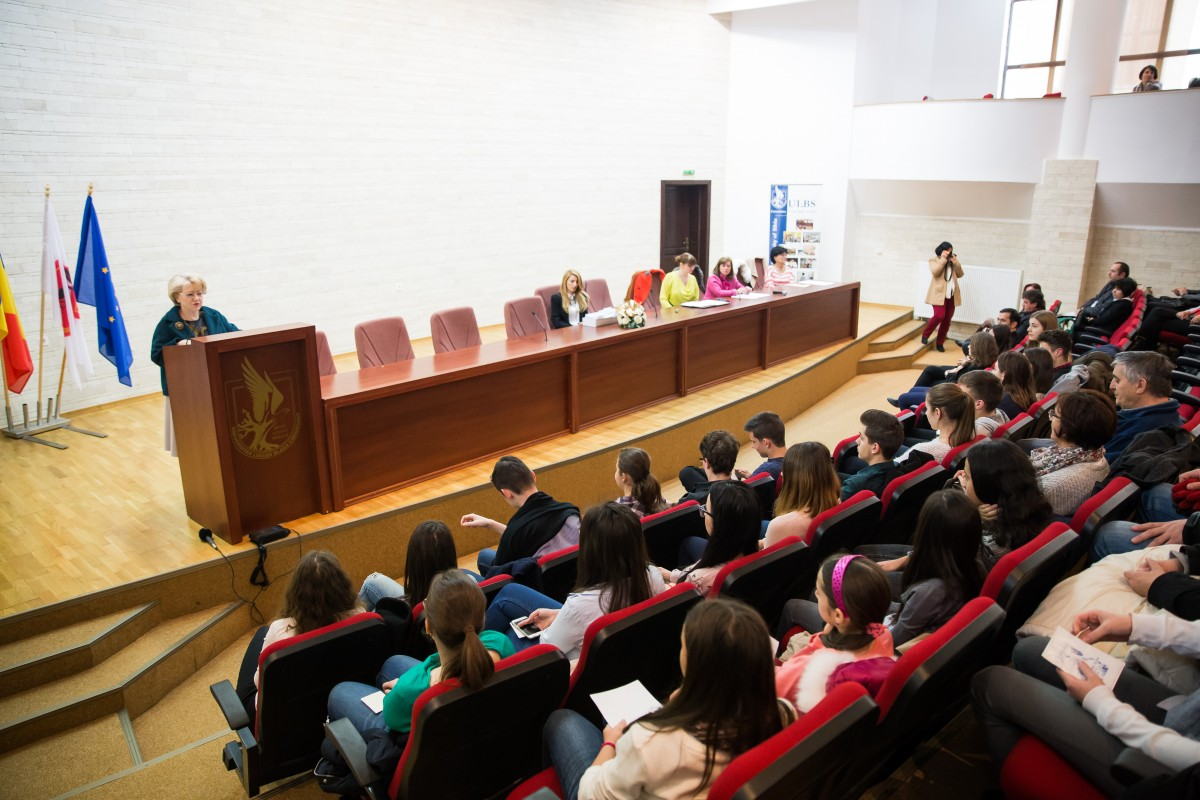 """ACTUALIZARE Dăncilă susține studenții """"Condițiile să rămână în țară"""""""