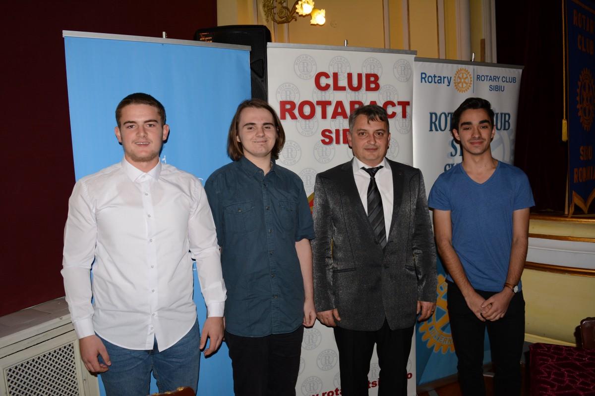 Rotary Club Sibiu a răsplătit trei elevi. Cu premii de 13.000 de lei și tabere