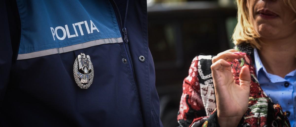 """Fetele abuzate de polițistul sibian au povestit totul: """"S-a dezbrăcat și s-a urcat peste fetiță"""""""
