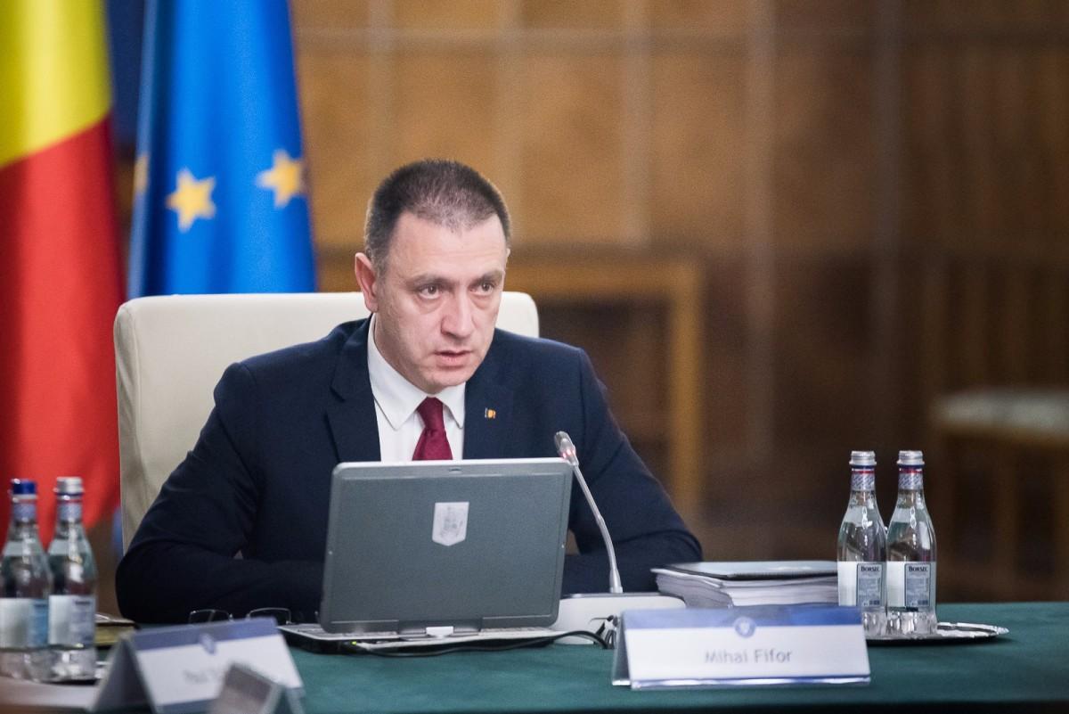 Ministrul Apărării, Mihai Fifor, şi-a dat demisia din Guvern