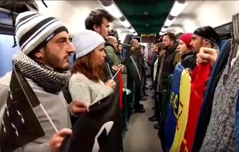 VIDEO Flashmobul #vavedem din tren