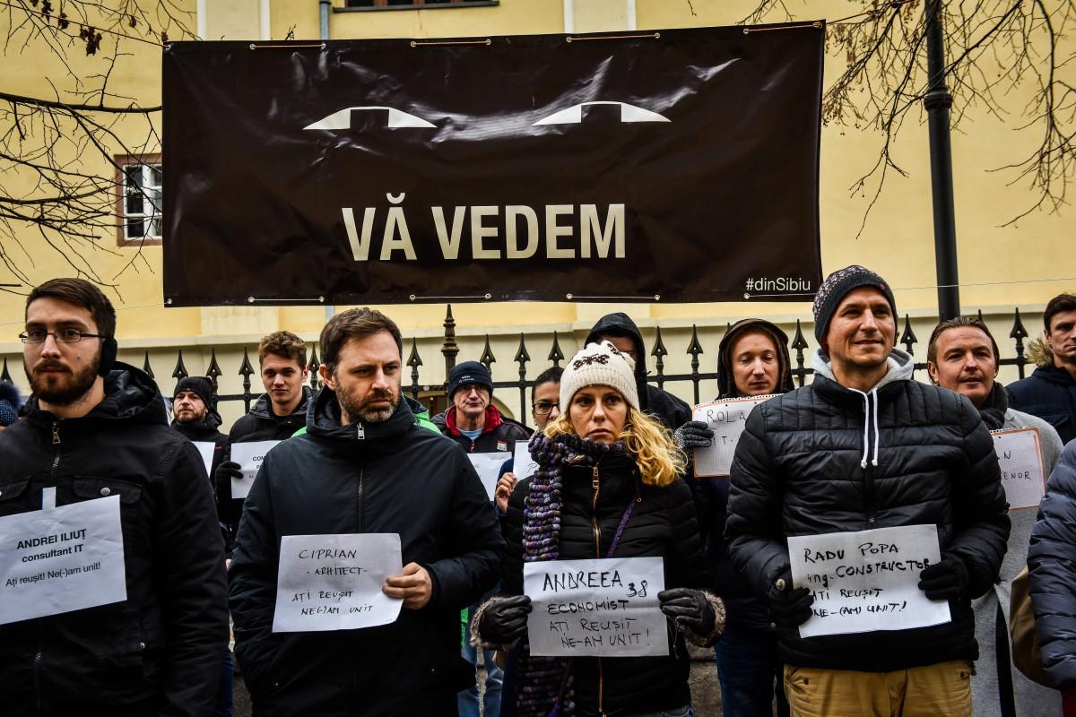 Protest #văvedem, la Sibiu. Înainte de Crăciun vor face marș