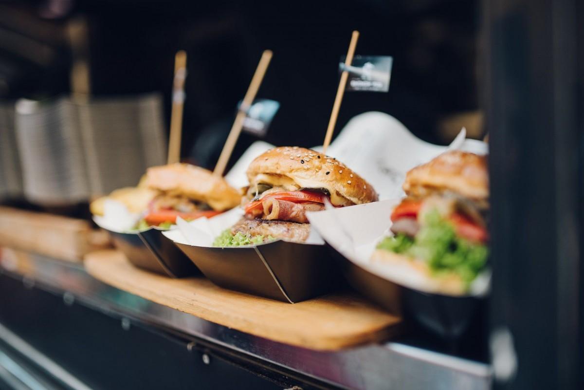 VINO – Trei zile de festival de gastronomie urbană în Parcul Tineretului