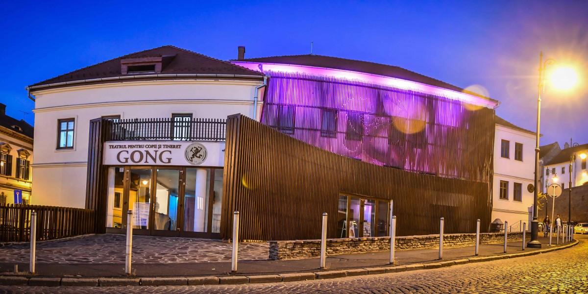 Adolescenții sunt așteptați să redescopere Sibiul într-un mod artistic, la GONG