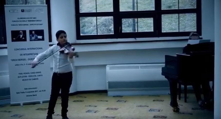 Video. Fiul lui Liviu Guță a luat locul I la vioară, la un concurs desfășurat la Filarmonica Sibiu