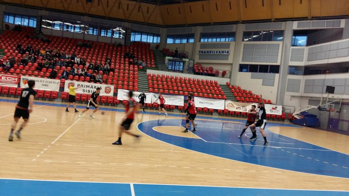 Ultimele 5 minute le-au fost fatale. HC Sibiu a ratat primele puncte în faţa Clujului, după ce a condus aproape tot meciul