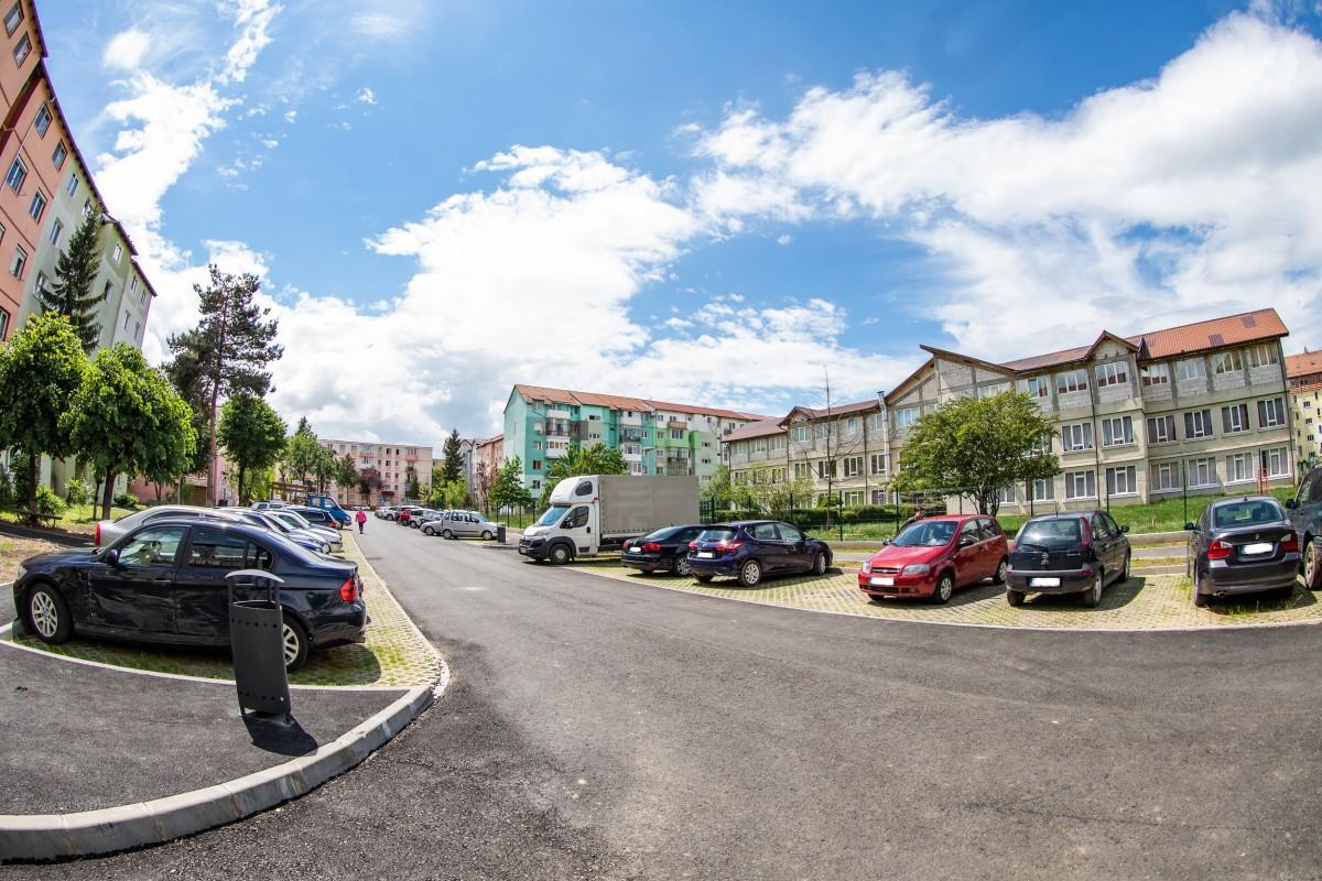 S-au finalizat lucrările de modernizare a încă unei zone din cartierul Hipodrom