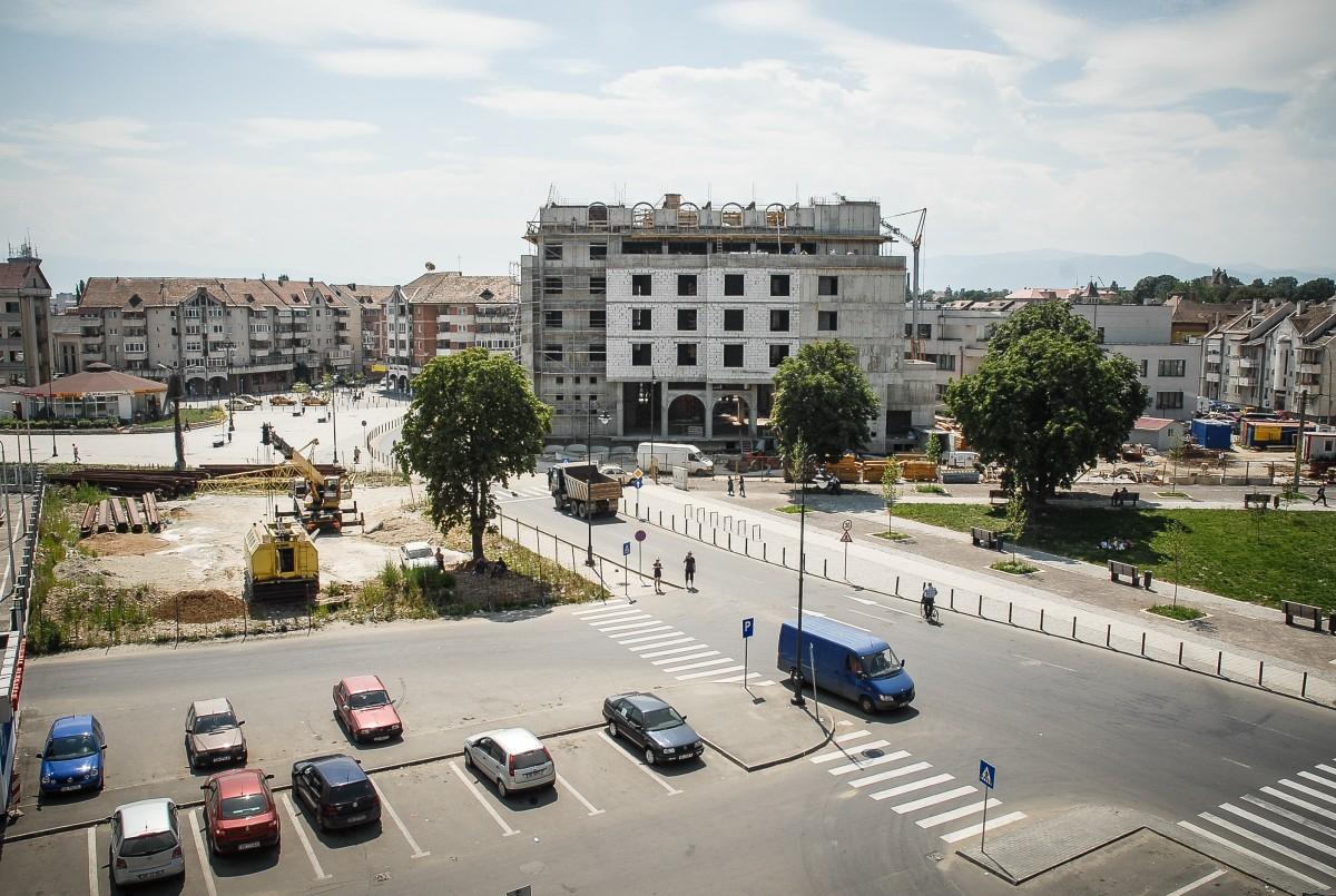 Hotelul din piața Gării, scos la executare silită pentru trei milioane de euro