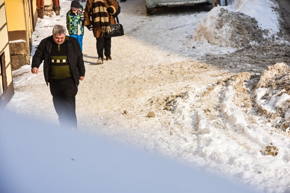 Bărbat internat la Spitalul Județean Sibiu, după o căzătură pe gheață