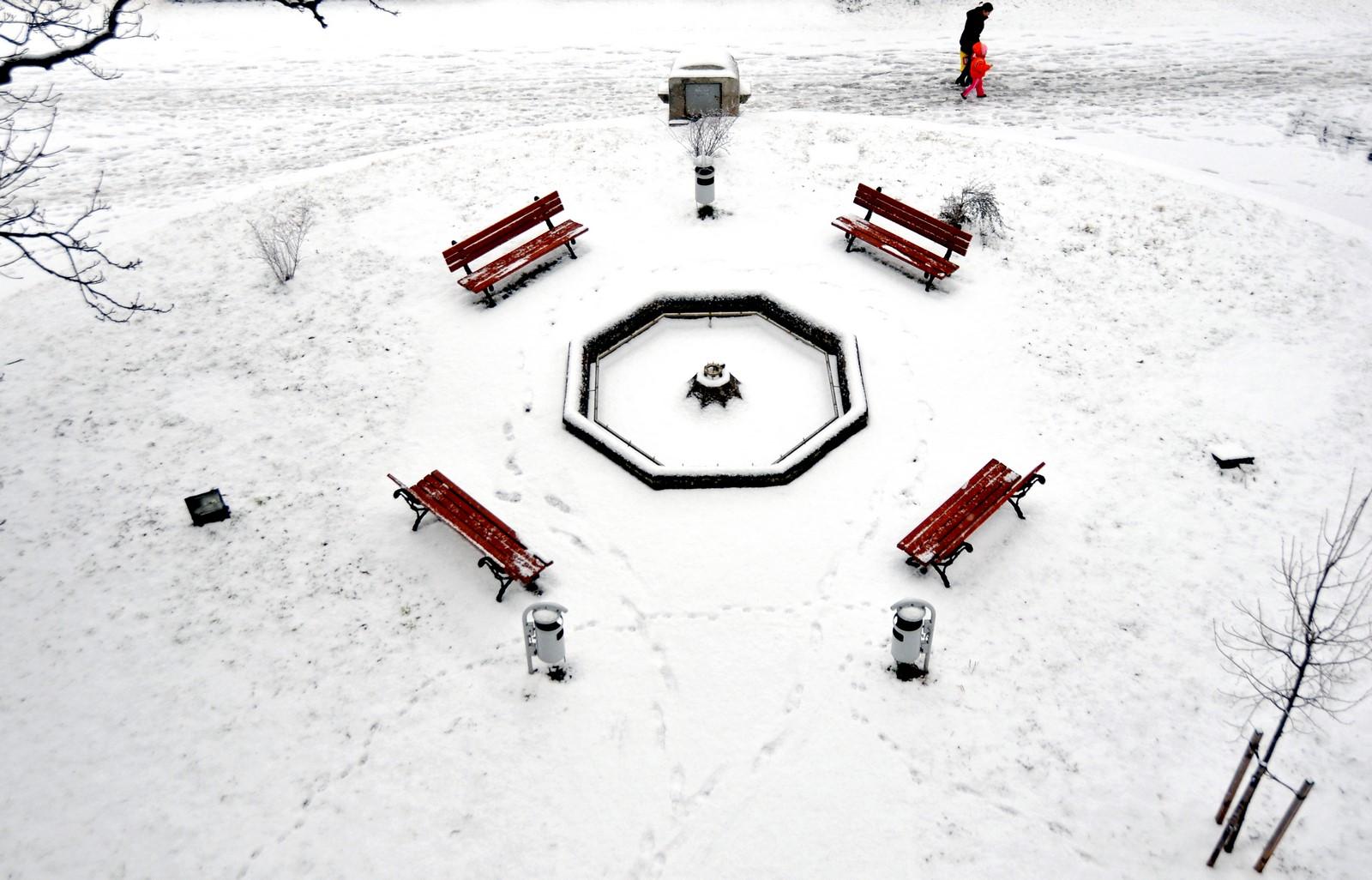 Meteorologii avertizează: de la noapte ne putem aștepta la ninsori