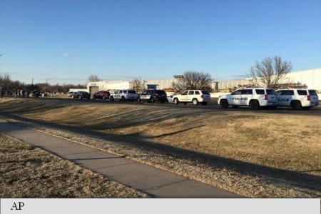 SUA: Cel puțin trei morți și 20 de răniți într-un atac armat în Kansas