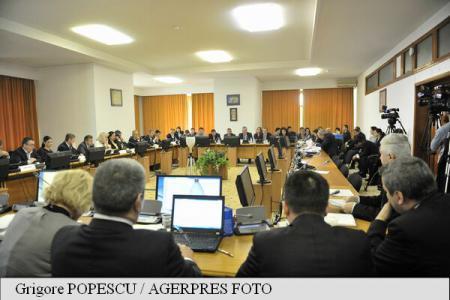 Legea bugetului de stat, dezbătută în comisiile reunite de specialitate