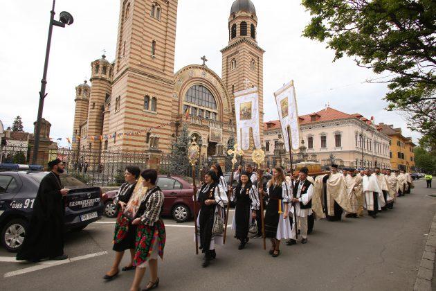 Procesiunea Învierii în centrul Sibiului