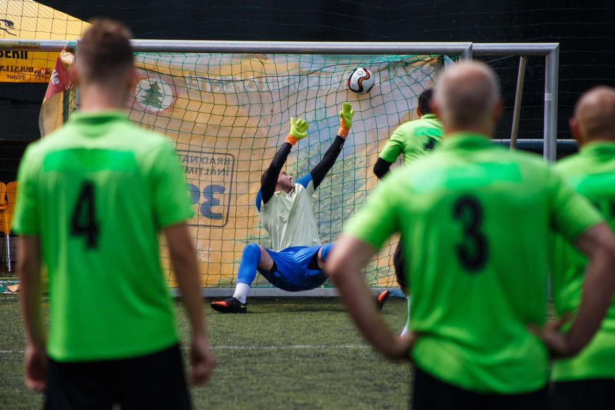 Patru echipe au rămas în lupta pentru Cupa României la Minifotbal
