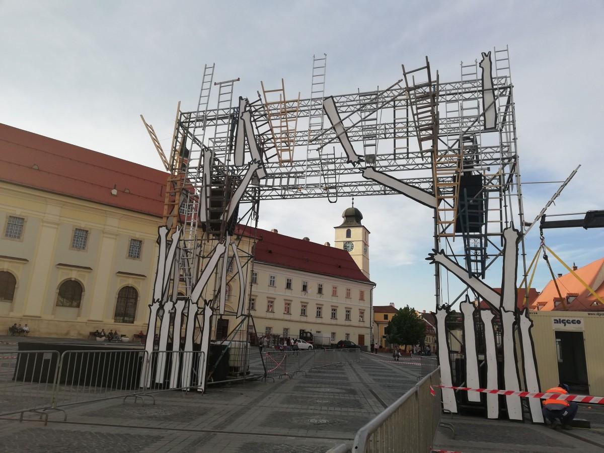 Proiect deosebit la Maratonul Internațional Sibiu – poarta cu scări