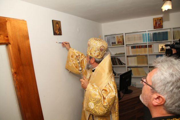 FOTO - Mitropolia Ardealului a inaugurat un centru social nou în Sibiu