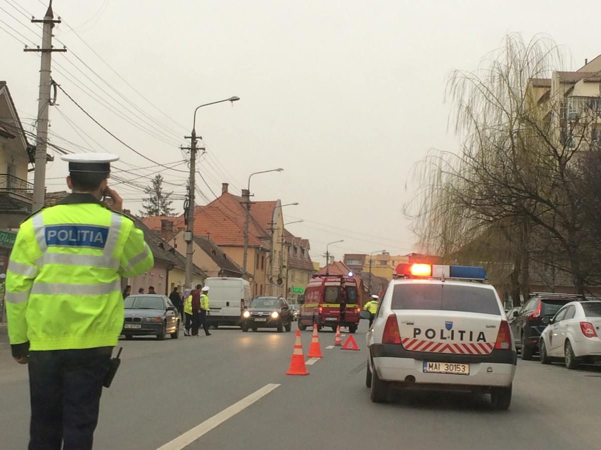GALERIE FOTO – Accident grav pe strada Lungă din Sibiu