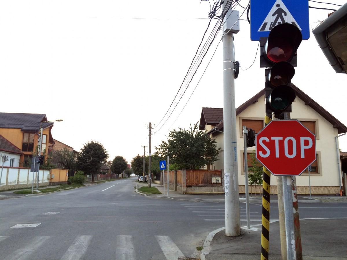 S-au montat semafoarele pe Măgheranului