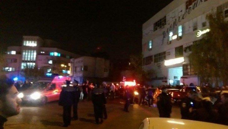VIDEO – Trei zile de doliu national. 27 de morți și aproape 200 de răniți într-un club din București