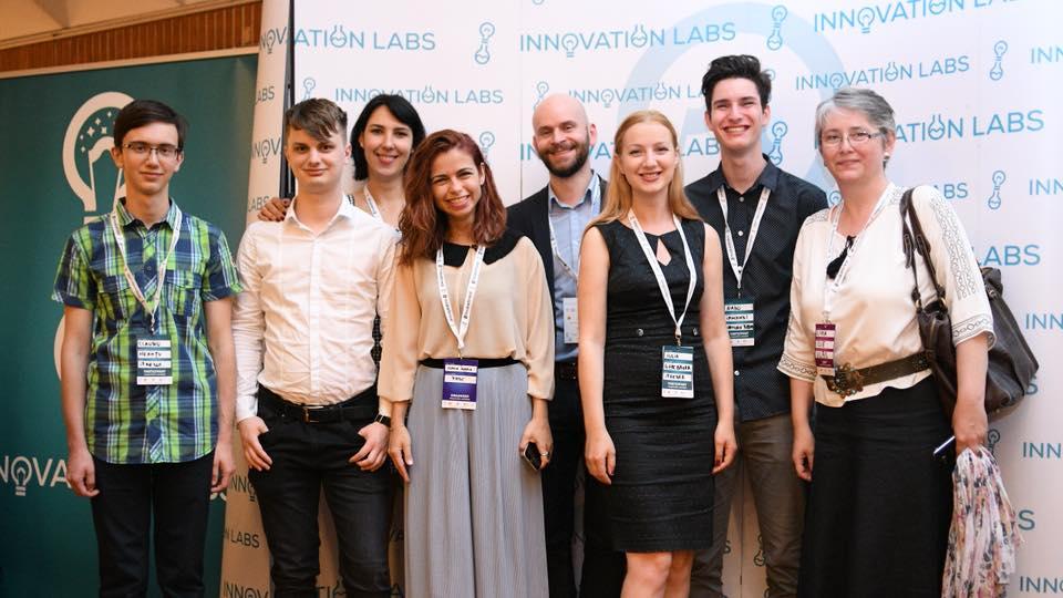 """O echipă din Sibiu, finalistă la Innovation Labs 2018. """"Vrem să schimbăm lumea plantă cu plantă"""""""