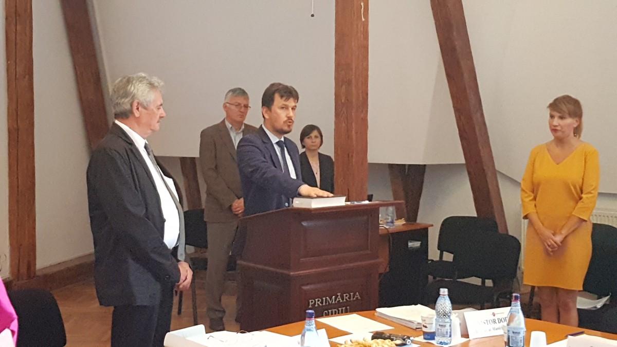 VIDEO Sibiul are primul preot consilier local în actualul mandat