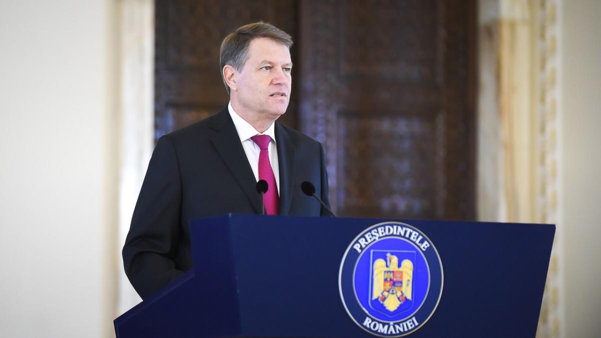 """Iohannis consideră """"mai bună"""" noua propunere de premier, dar nu va face niciun anunţ joi"""