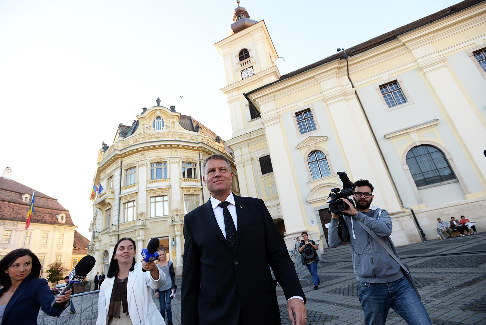 Topul încrederii la români: Iohannis crește în sondaje și domină detașat