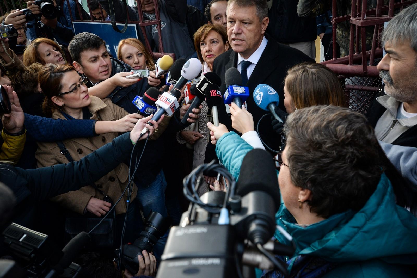 Val de antipatie împotriva președintelui Iohannis