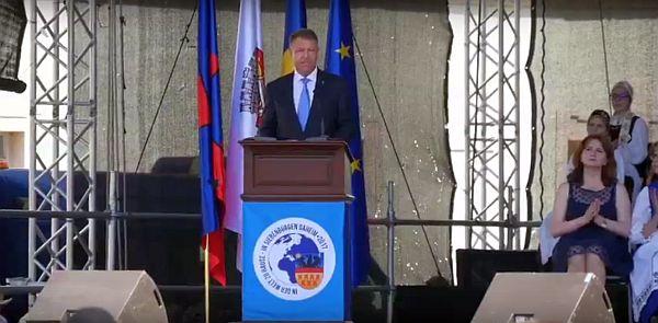 Iohannis la Întâlnirea Sașilor: Vă întâmpin cu căldură în România, la Sibiu, capitală istorică a saşilor, în frumoasa Transilvanie