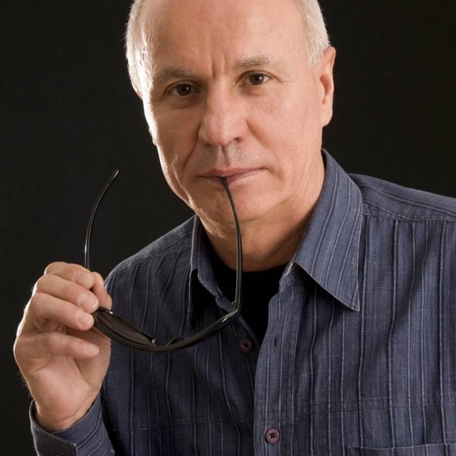 Ion Dur, premiat de Academia Română pentru Cel de-al treilea sens