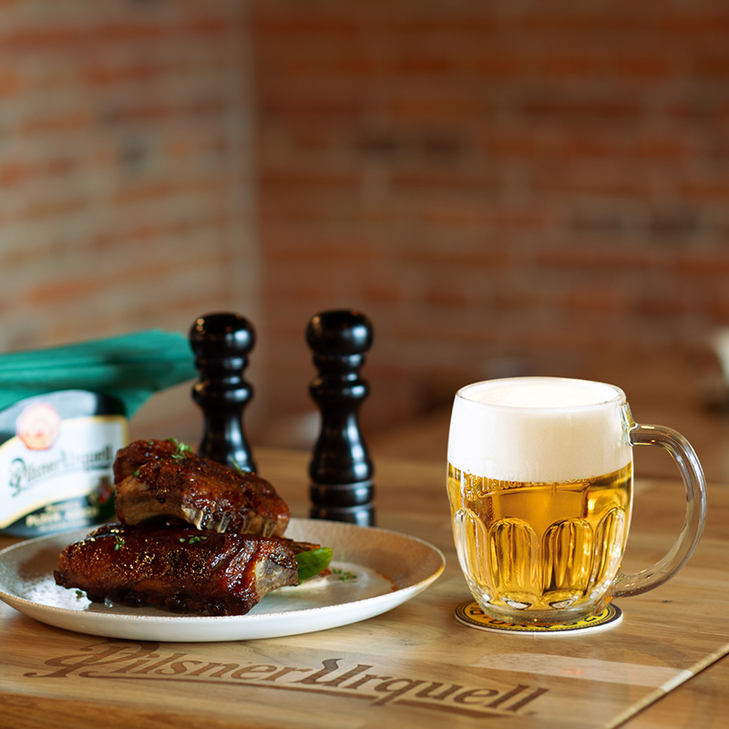 Bere cehă, mici din carne de miel și atmosferă faină. JOYME PUB, cel mai nou local din Sibiu