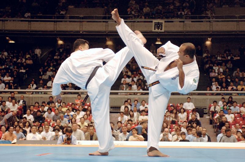 Șapte sportivi reprezintă Sibiul la Campionatul Mondial de Karate din weekend